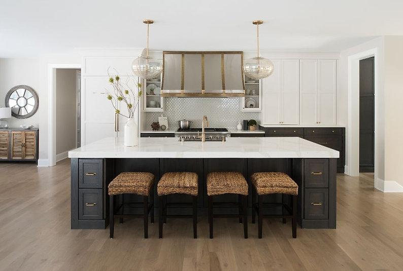 dura-supreme-cabinetry-kitchen-designed-