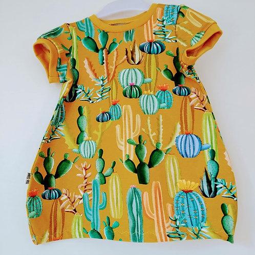 Balonové šaty - kaktusy