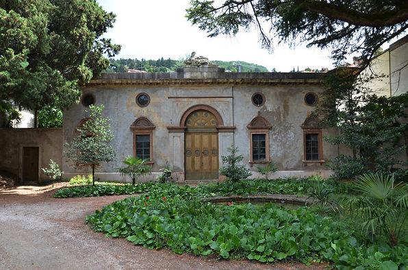 Palazzo-Betta-Grillo-Rovereto-scuderie-Frisinghelli.jpg