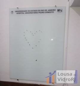 Lousa magnetica de vidro - Hospital Pedro Ernesto
