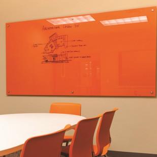 Lousa de vidro para sala de reunião