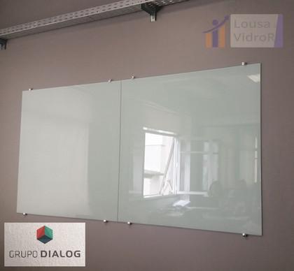 Lousa de vidro - Grupo Dialog