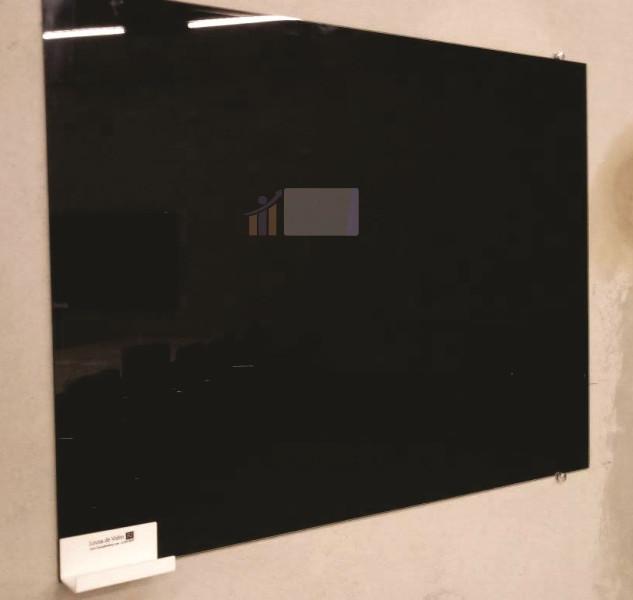Lousa de vidro preta