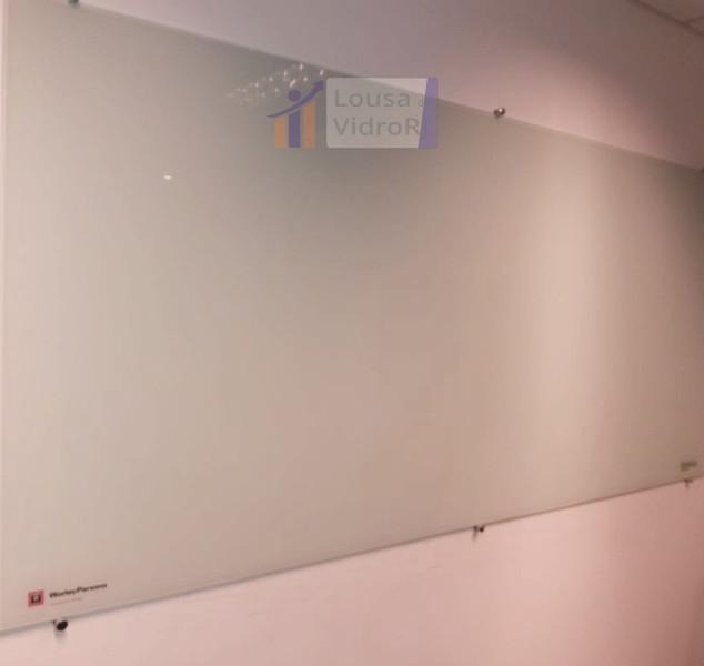 Lousa de vidro branca para sala de reuni