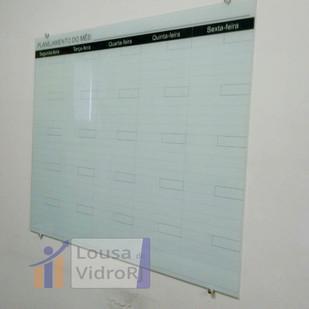 Lousa de vidro planejamento do mês
