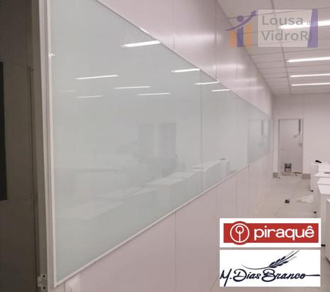 Lousa de vidro temperado - Piraque
