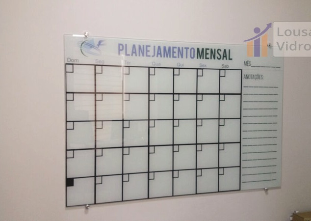 Lousa de vidro planejamento mensal