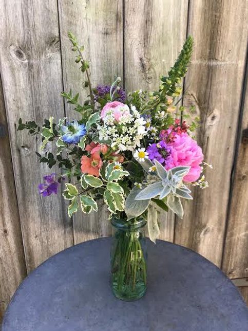 Seasonal cut flowers