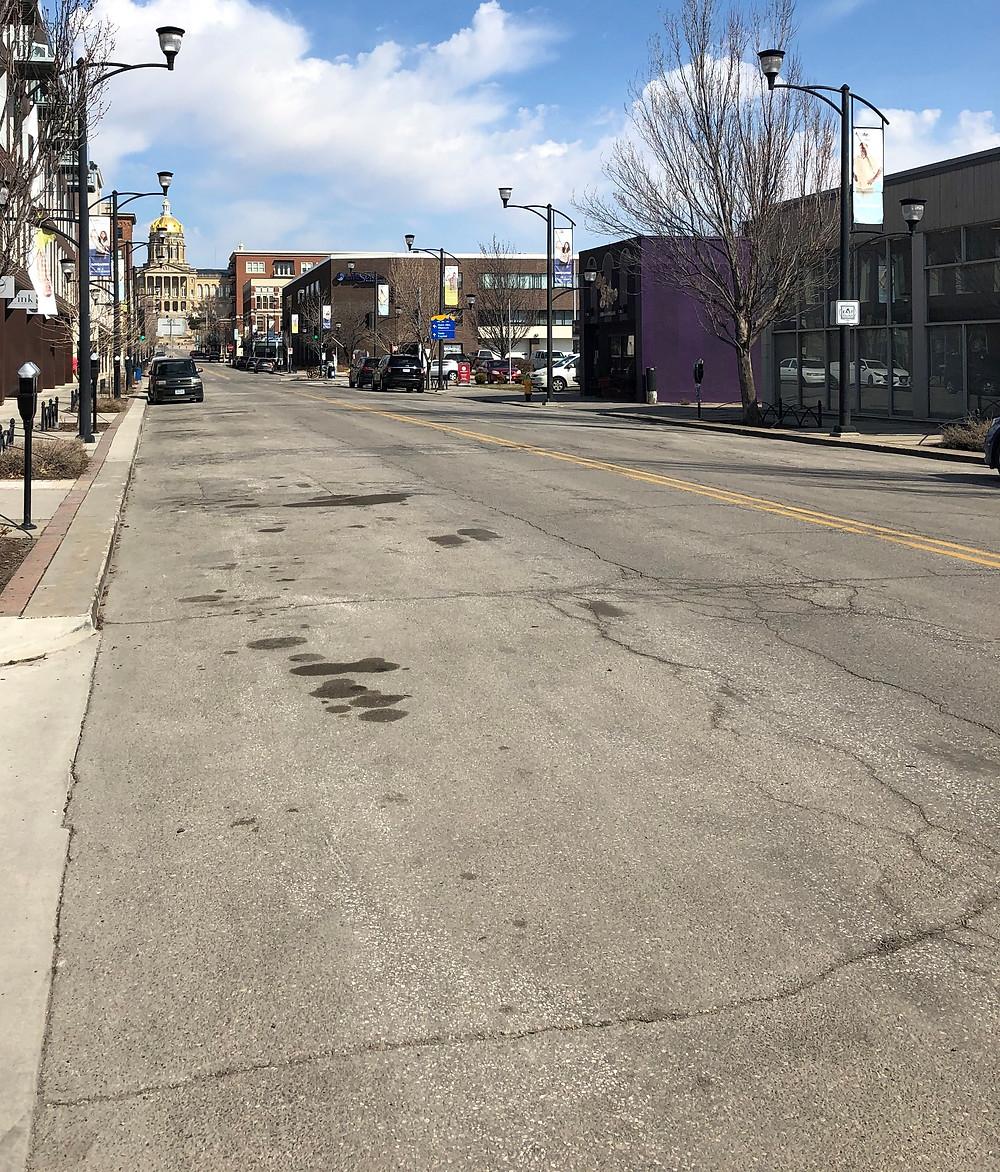 Empty Des Moines street, coronavirus, COVID-19 shut-down