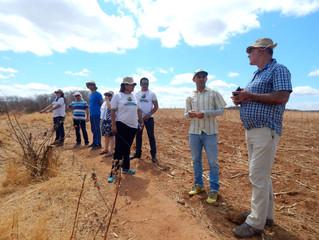 Beneficiários do Projeto Paulo Freire apresentam seus resultados aos consultores do FIDA.
