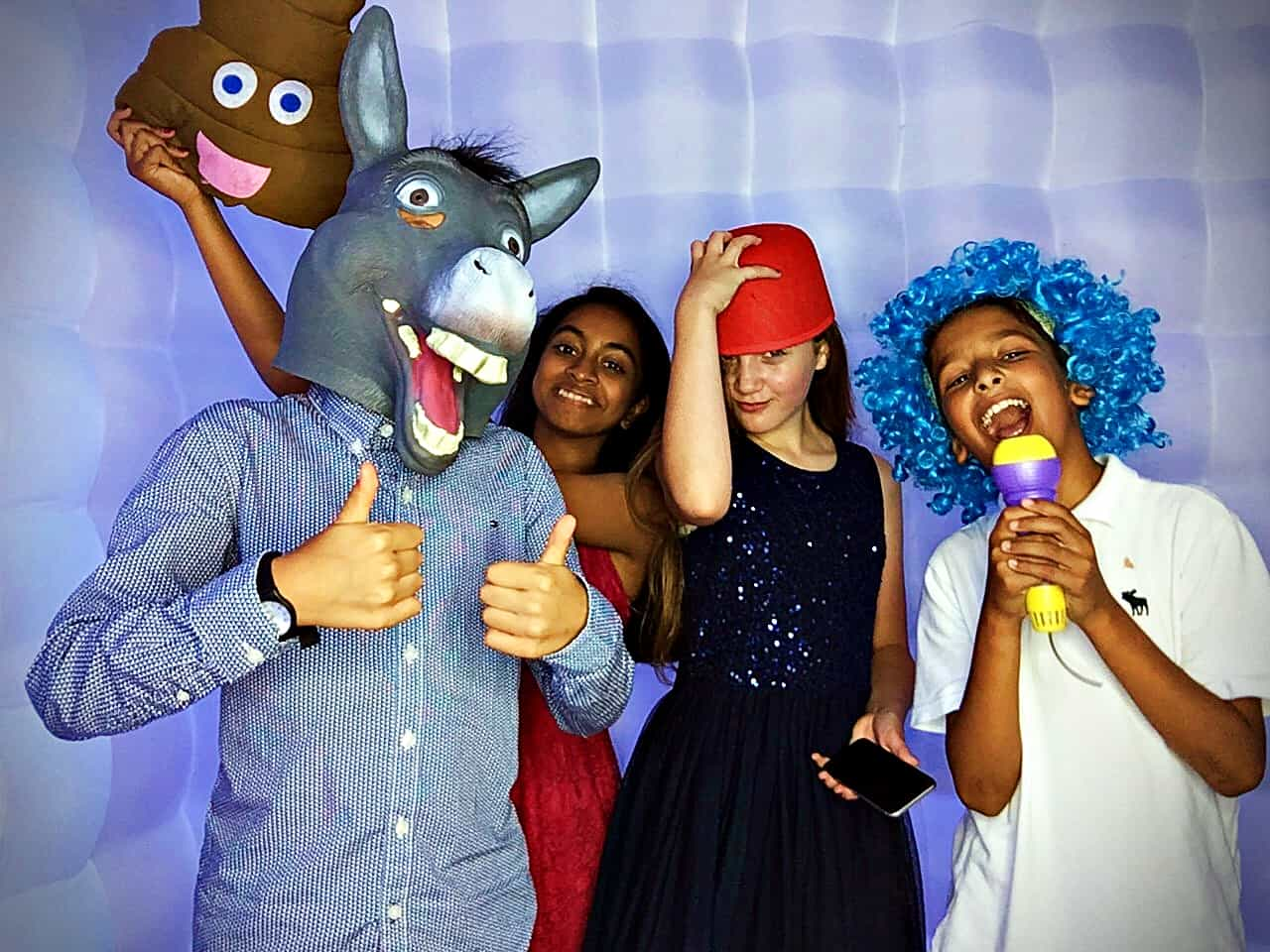 Photo booths for schools Kent - Moji Entertainer
