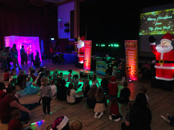 Children's shows in Hertfordshire - Moji Entertainer