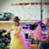 Children's brithday party in Essex with confetti - Moji Entertainer