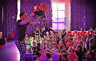 School disco entertainer London - MMENT