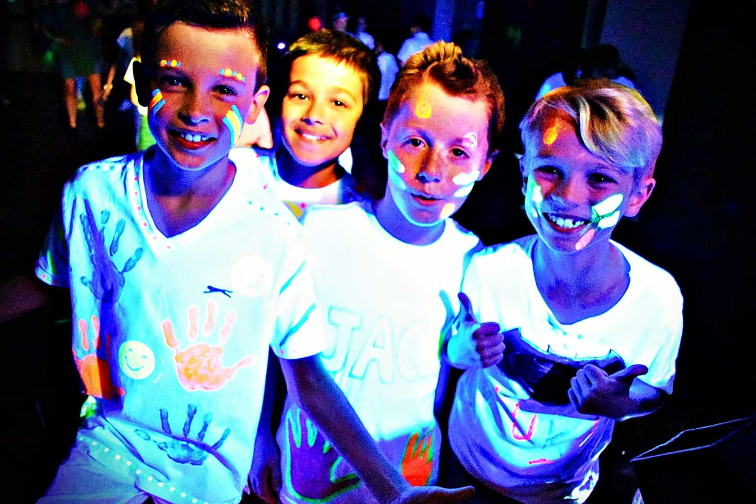 Kids party entertainer in Essex - MMENT