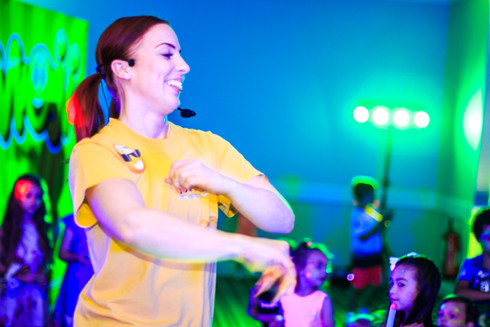 Discos for schools Kent - Moji entertainer