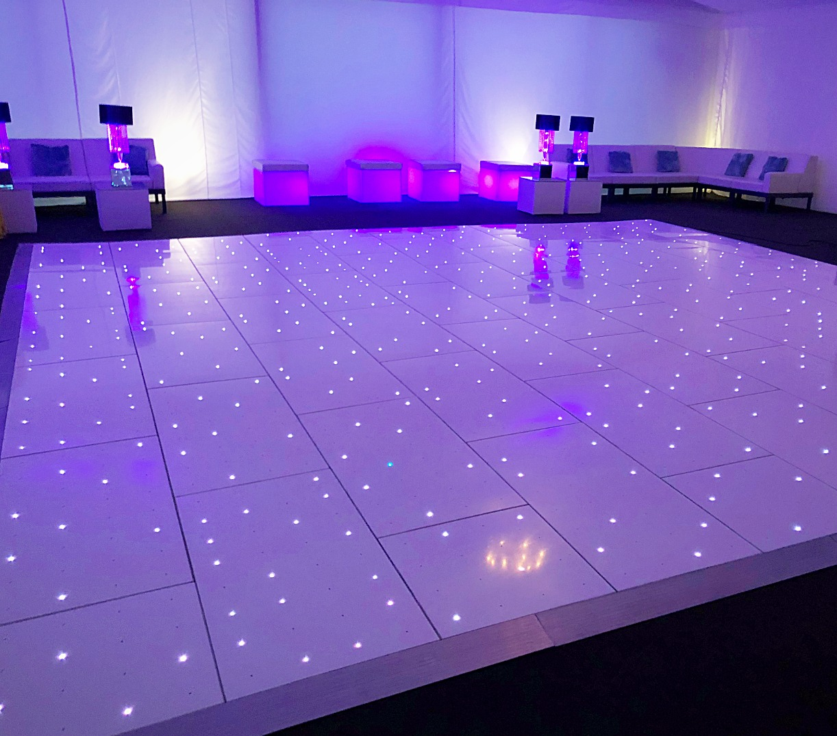 Dance floor hire in Essex - MMENT