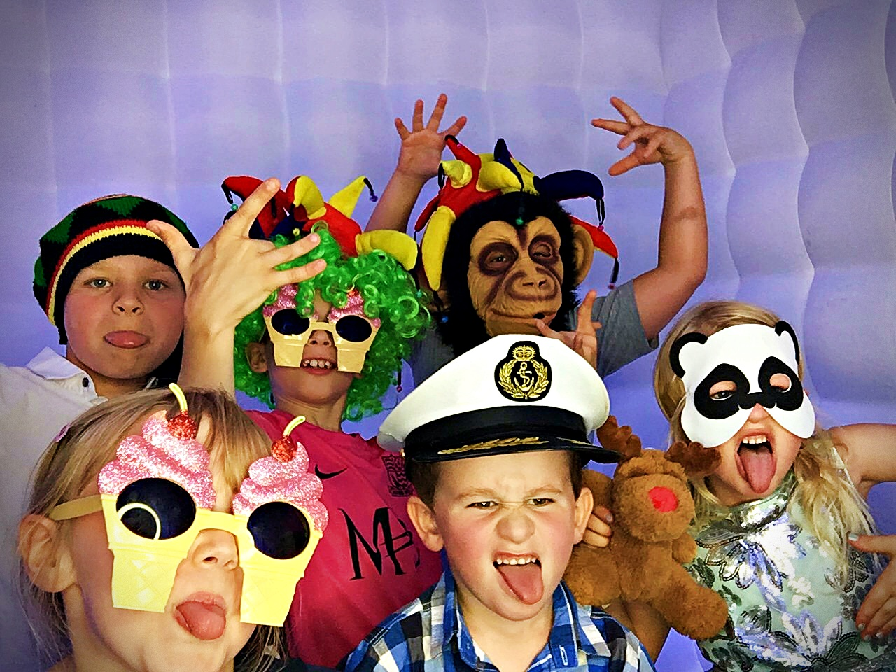 Photo booth hire for kids parties in Kent - Moji Entertainer