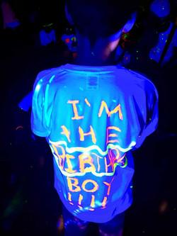 UV painting idea for uv parties - Moji Entertainer Essex