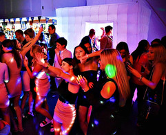 Girls dancing at a teen disco in Essex - Moji Entertainer