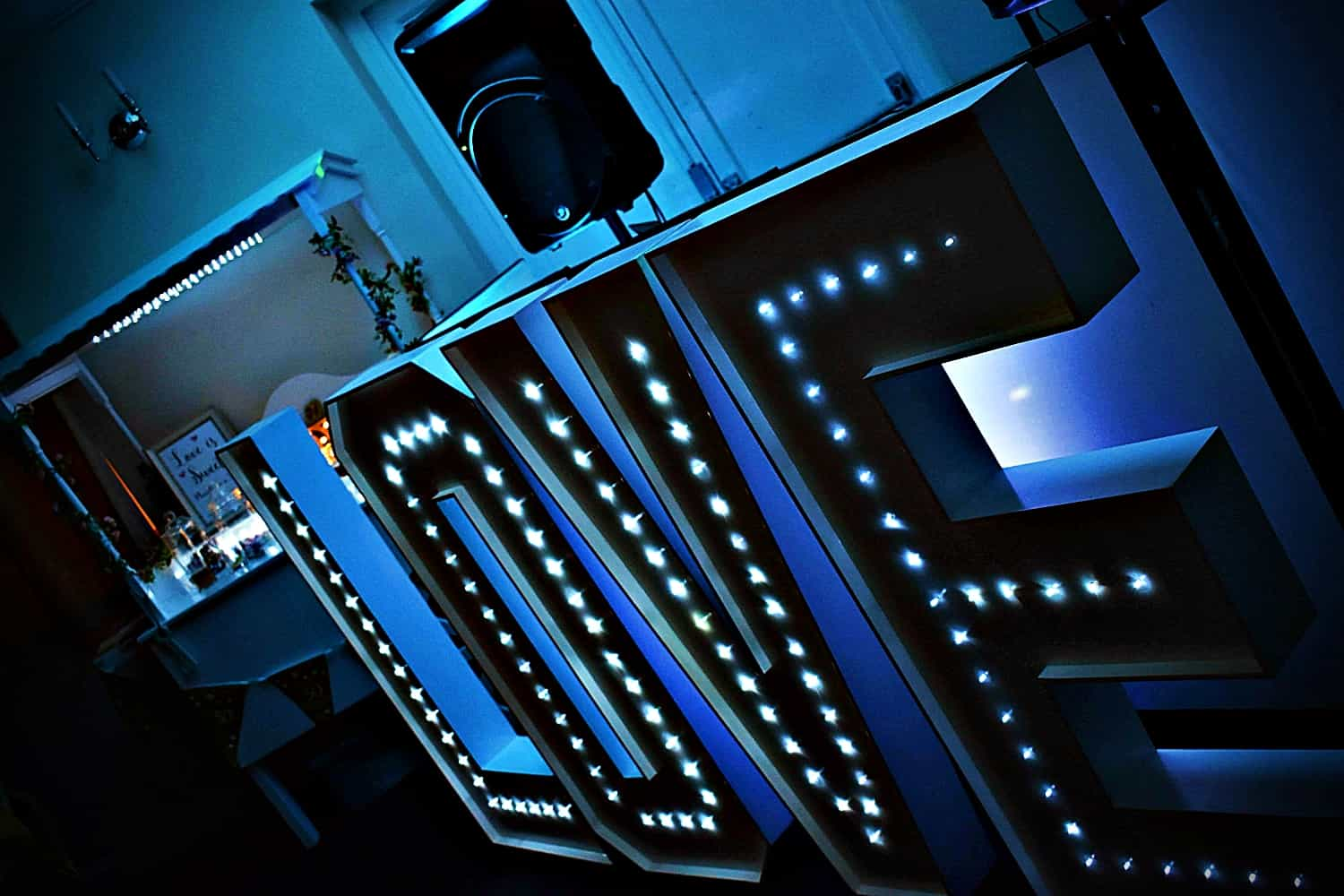 LED Letter Hire Essex - MMENT