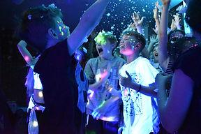 Children's UV party in Essex - Moji Entertainer