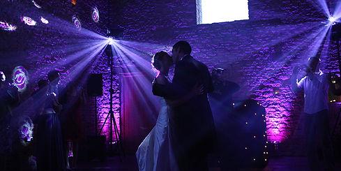 First dance at a wedding - The best dj for a wedding - MMENT