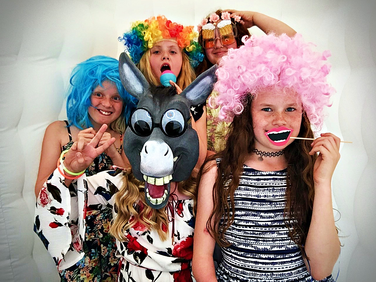 Photo Booth Hire In Kent - MMENT