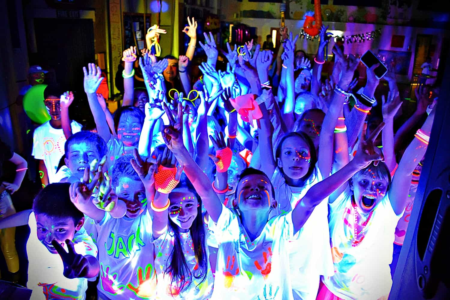 The best UV party in Essex - MMENT