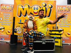 Moji Children's Entertainer Essex2