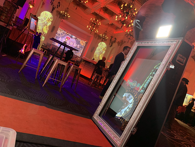 corporate event photo booths London - MMENT