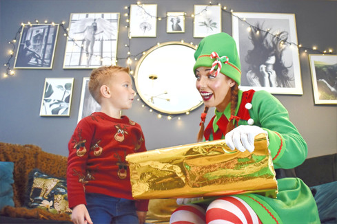 Christmas Elf Hire - Essex - MMENT