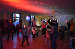 children's party in Hertfordshire - Moji Entertainer
