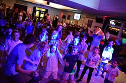 Kids disco party in Kent - Moji Enterainer