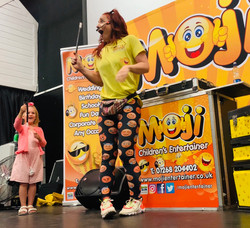 Moji Children's Entertainer Essex14