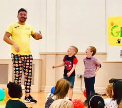 Moji Children's Entertainer Essex5