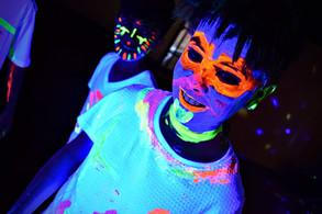 UV glow in the dark body face paint - Moji Entertainer