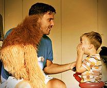 Children's Entertainer with a monkey puppet - Moji Entertainer