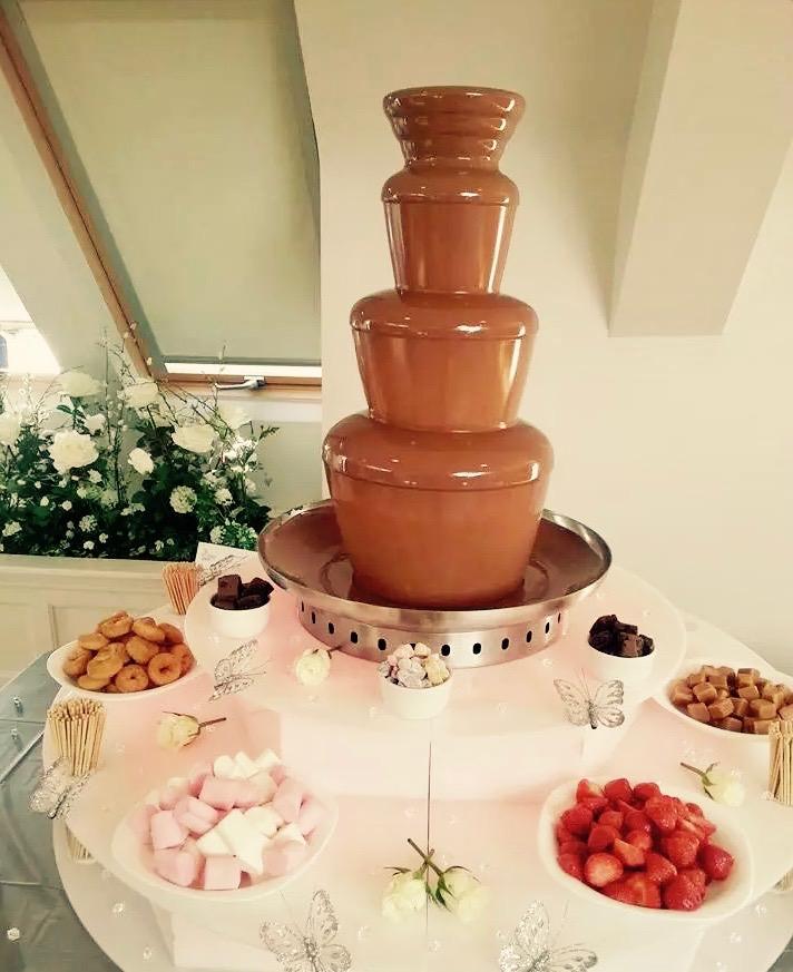 Yummy chocolate fountain hire in Hertford - Moji Entertainer