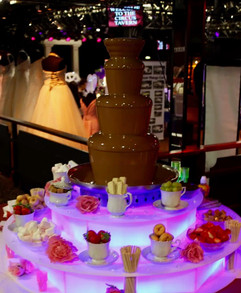 a chocolate fountain for weddings - Chocolate fountain hire Essex - MMENT