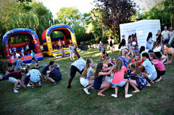 Children's party with a photo booth London - Moji Enterainer