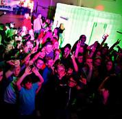 DJ  for Teen Discos Essex, Hertford, Kent and London School leavers disco DJ Essex - Moji Entetainer -