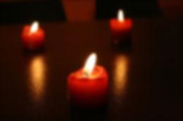 candles-1177811.jpg