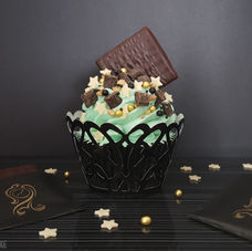 Choccy cupcakes, filled with dark chocolate truffle & topped with cool minty buttercream, dark choccy chunks and, of course, an After Eight.