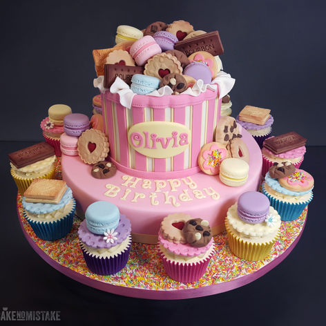 Treat Box Birthday Cake & Cupcake Combo