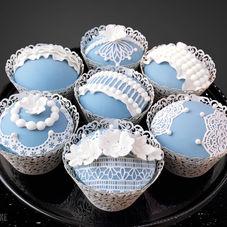 Wedgwood style cupcakes