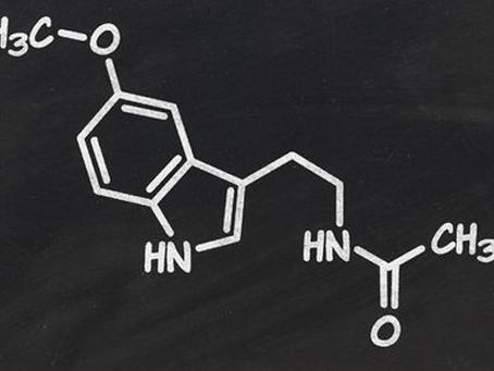 ¿Qué beneficios aporta la melatonina en el sueño?