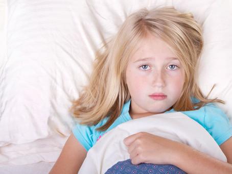 ¿Los malos hábitos causan insomnio infantil?