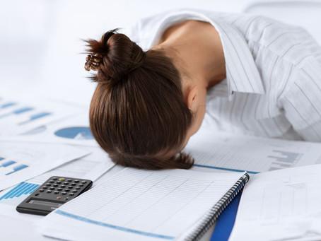 ¿Por qué nos perjudica dormir demasiado?