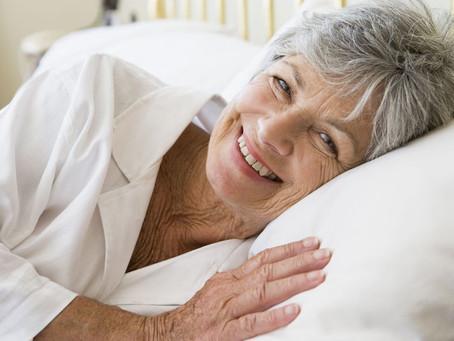 Cómo afecta el envejecimiento al sueño